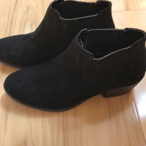 American Eagle bootie.  NWT
